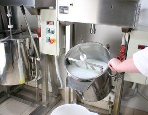 Lacosme - gia công kem chấm mụn